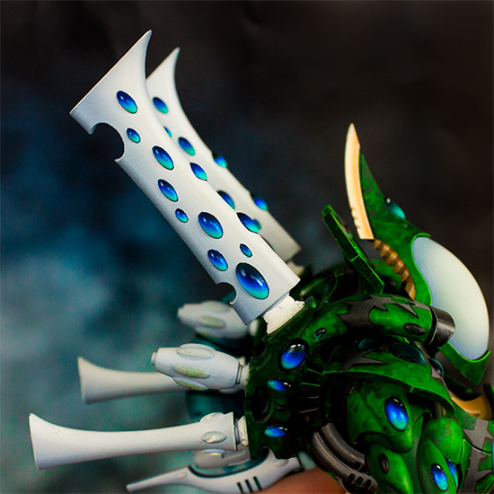 Eldar Wraithknight backfins and gems [image 1]